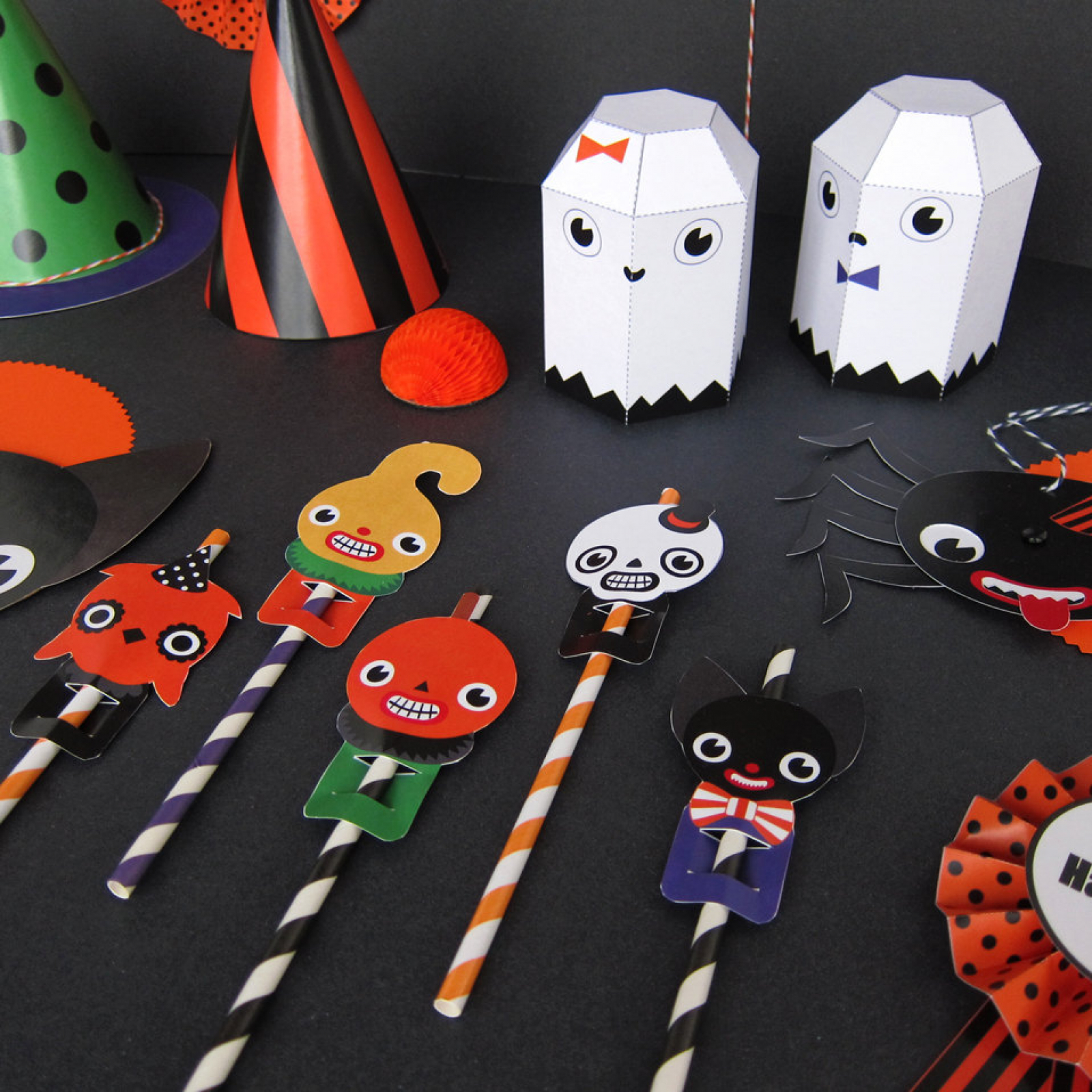halloween party favor toys printable paper craft | fantastic toys